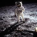 Lądowania na Księżycu nie było!